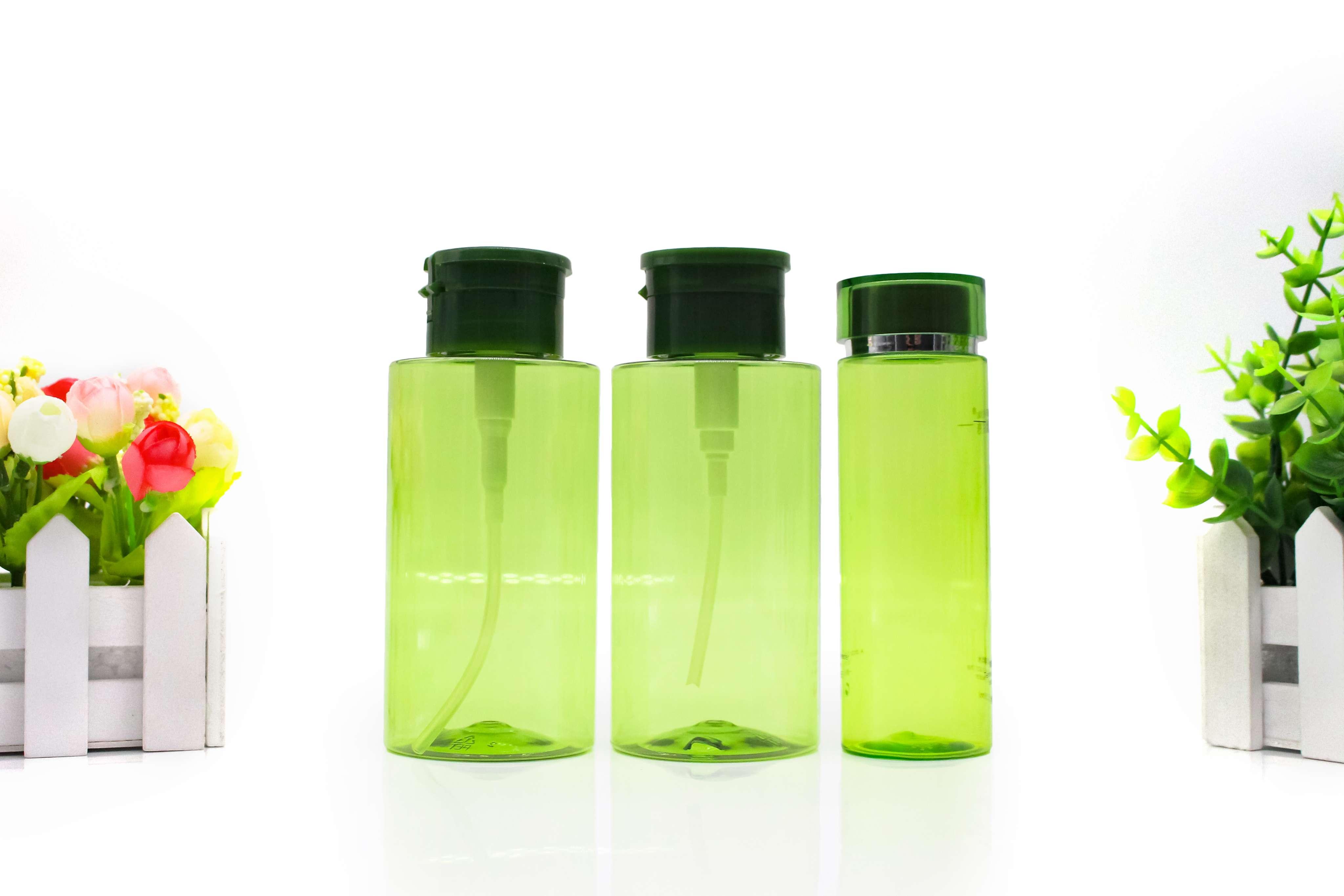 卸妆水瓶子